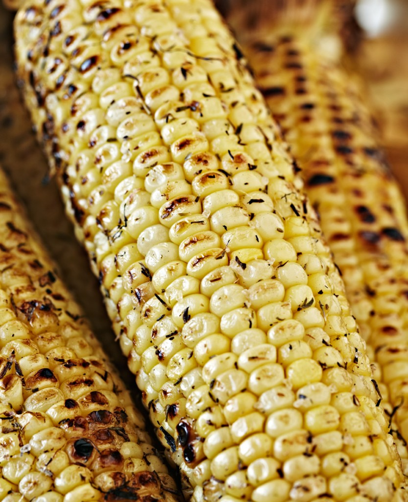 "Grilled ""dirty"" Corn on the cob"