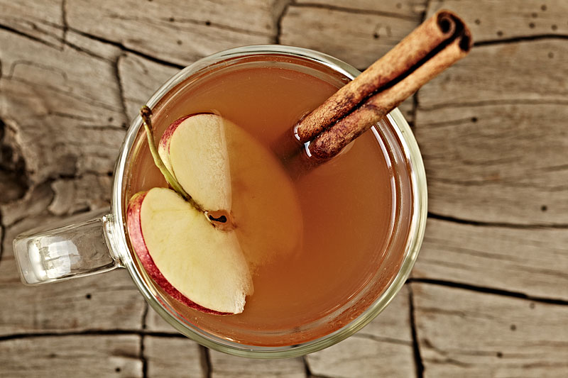 Hot Mulled Apple Cider with Bourbon
