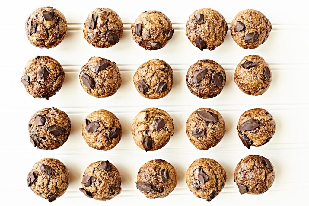 Flourless chocolate banana bread muffins
